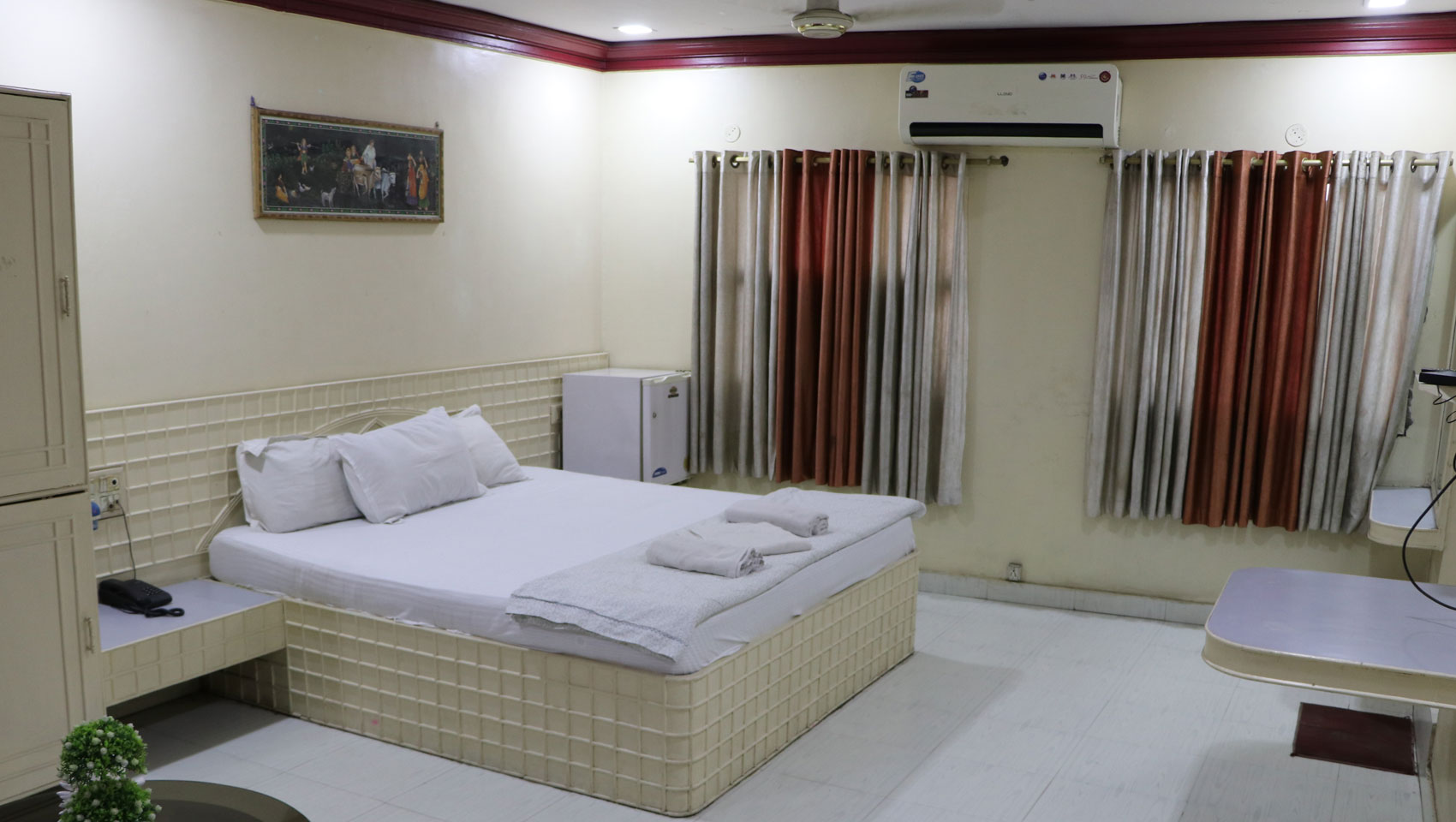 Best Hotel Room in Korba Chhattisgarh